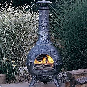 Cozy Up With Outdoor Fireplaces