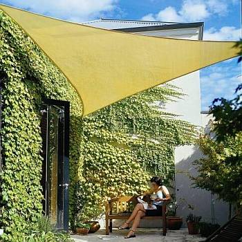 Trendy Shade Sails help beat the Heat of the Sun