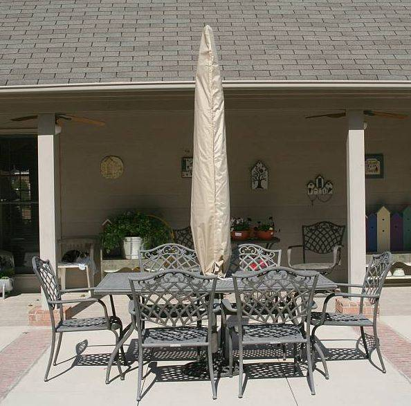 Side Post Patio Umbrella Cover / Fits offset umbrellas up to 13ft - PC554