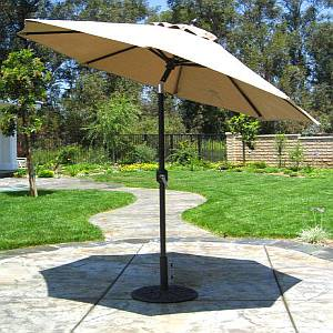 7.5 Ft. Deluxe Auto Tilt Market Umbrella