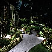 Advantages of Low Voltage Landscape Lighting
