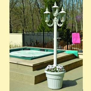 Cambridge Park Style Patio Lamp - White