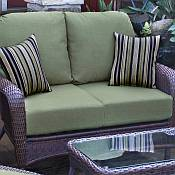 Tortuga Lexington Loveseat