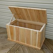 Cedar Deck Box Open