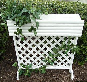 Woodworking building build wood lattice screens learn how for Trellis planter garden screen