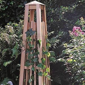Manhattan Obelisk Garden Trellis