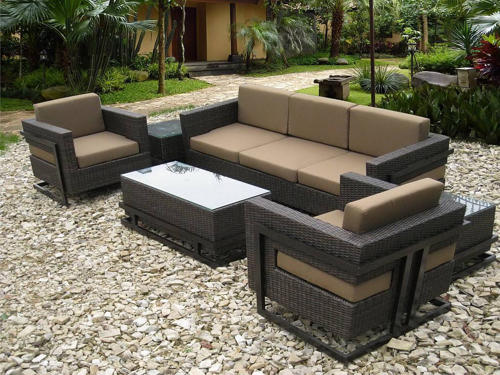 Resin wicker outdoor furniture for Outdoor patio set