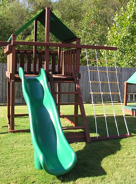 4 Tips for Choosing the Safest Swing Set Location ...