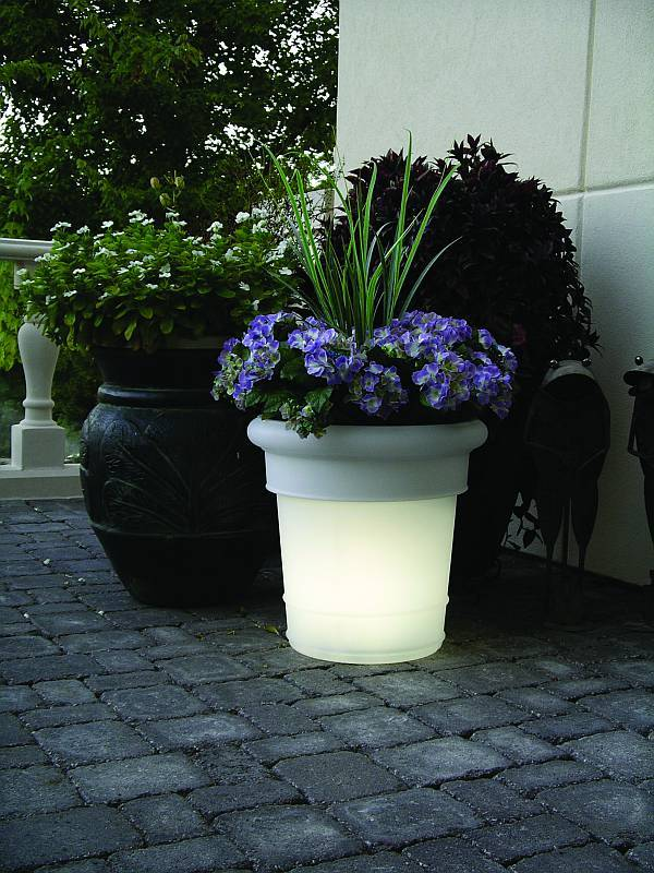 Direct Auto Sales >> GardenGlo Solar Lighted Planters - 0087