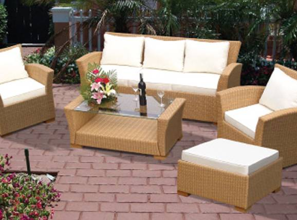 Charleston All Weather Wicker Sofa Group Chatb