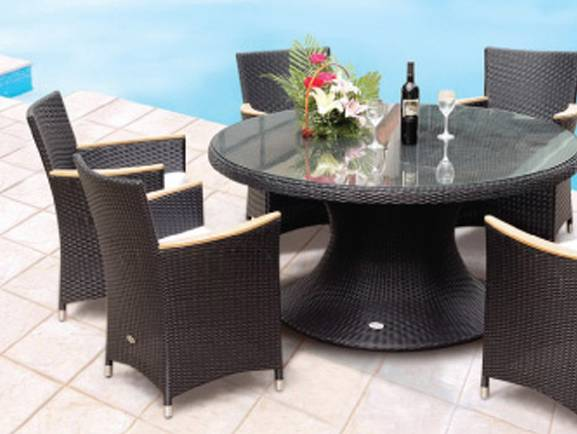 Helena 60 Inch Round Table with 4 Helena Chairs HE60WHWSTWH