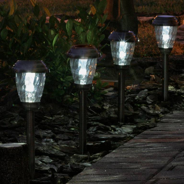 Backyard Lights Solar : Solar Lighting  Outdoor Landscape Lights