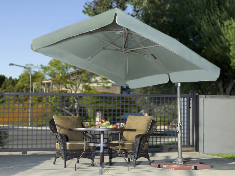 Sorrento Pro - 8' x 8' Square Offset Umbrella