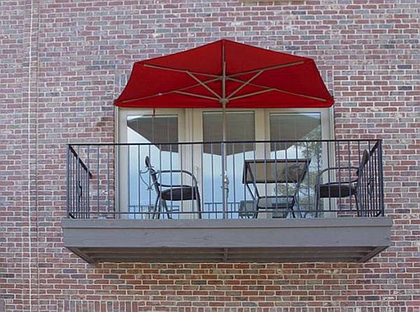Great Half Canopy Umbrella Makes The Most Of Small Spaces   Outdoor Patio Ideas